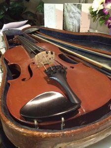 étui ancien pour violon